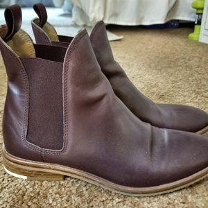 Everlane The Chelsea Boot in Burgundy Sz 7.5